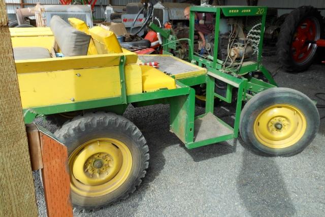 Deer John tractor