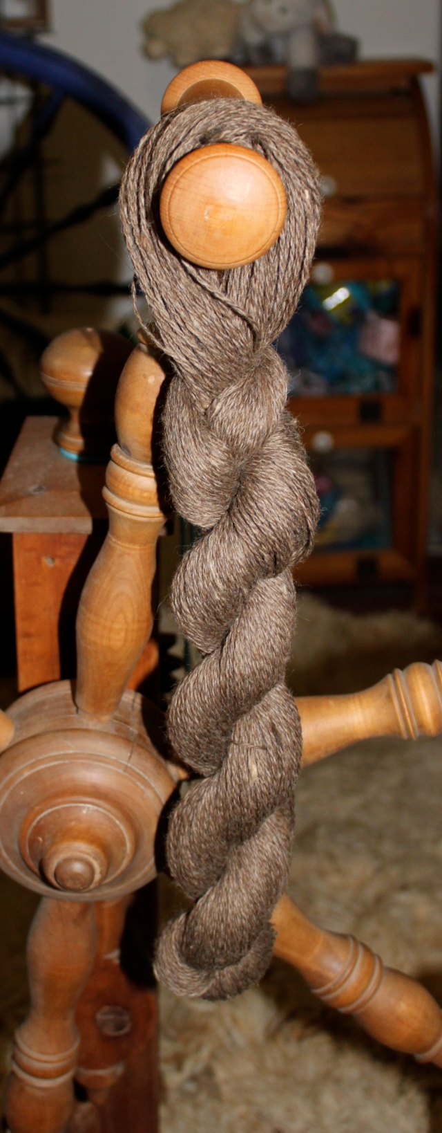 moorit yarn skein