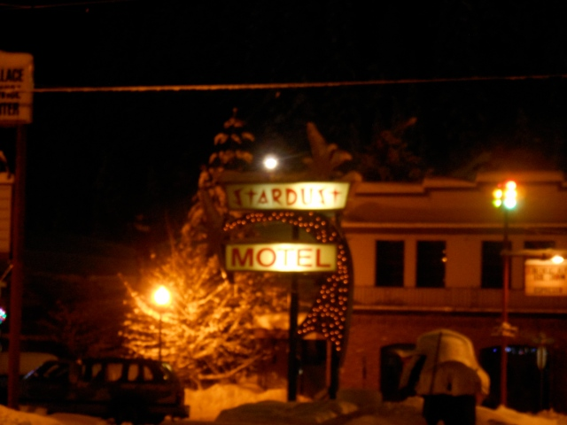 stardust-motel-sign