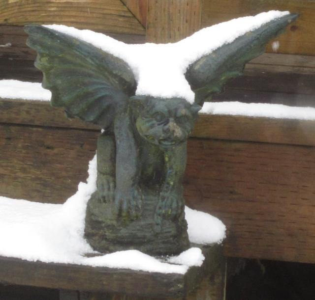 snowy-gargoyle