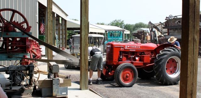 hooking tractor to baler using honey