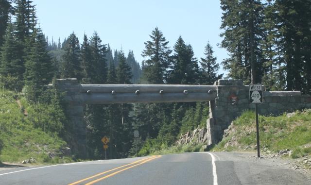 Mount Rainier Park entrance